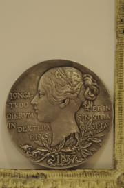MEDAL     1897 60TH ANNIVERSARY QUEEN VICTORIA